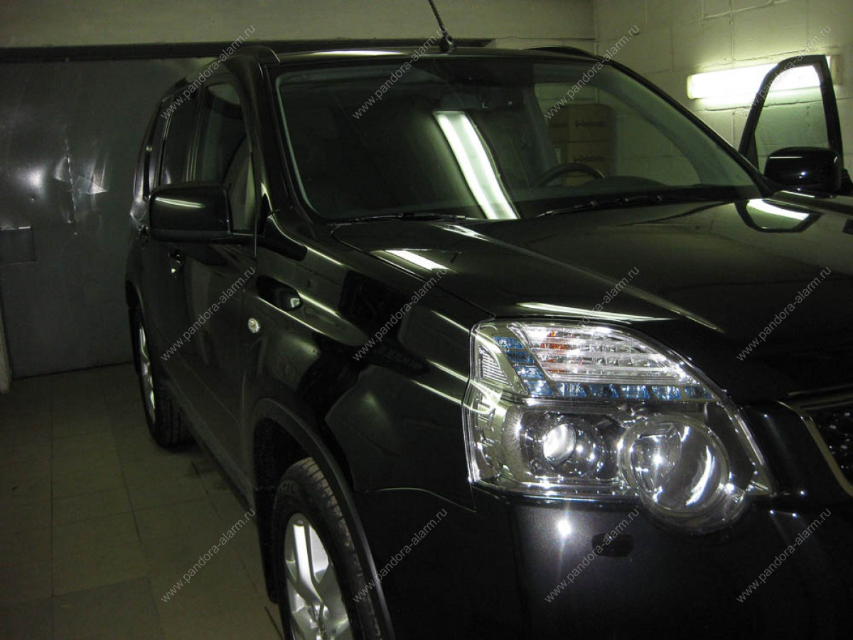 Nissan X-Trail установка Pandect IS-650